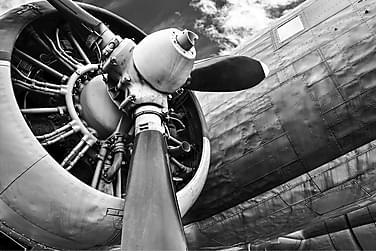 Canvas  Airplane